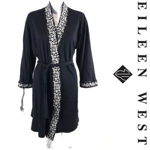 Eileen West Robe Sz S/M Embroidered Dressing Gown